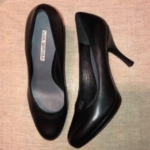 Via Spiga Black Leather Heels shoes Size 8 1/2